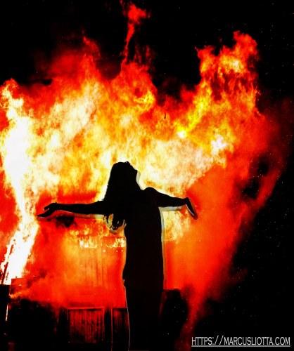 ML_Flames Shadow Woman